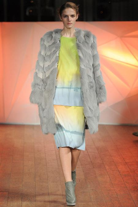 images/cast/10151238625642035=Fall 2013_14 COLOUR'S COMPANY fabric x=m.williamson london